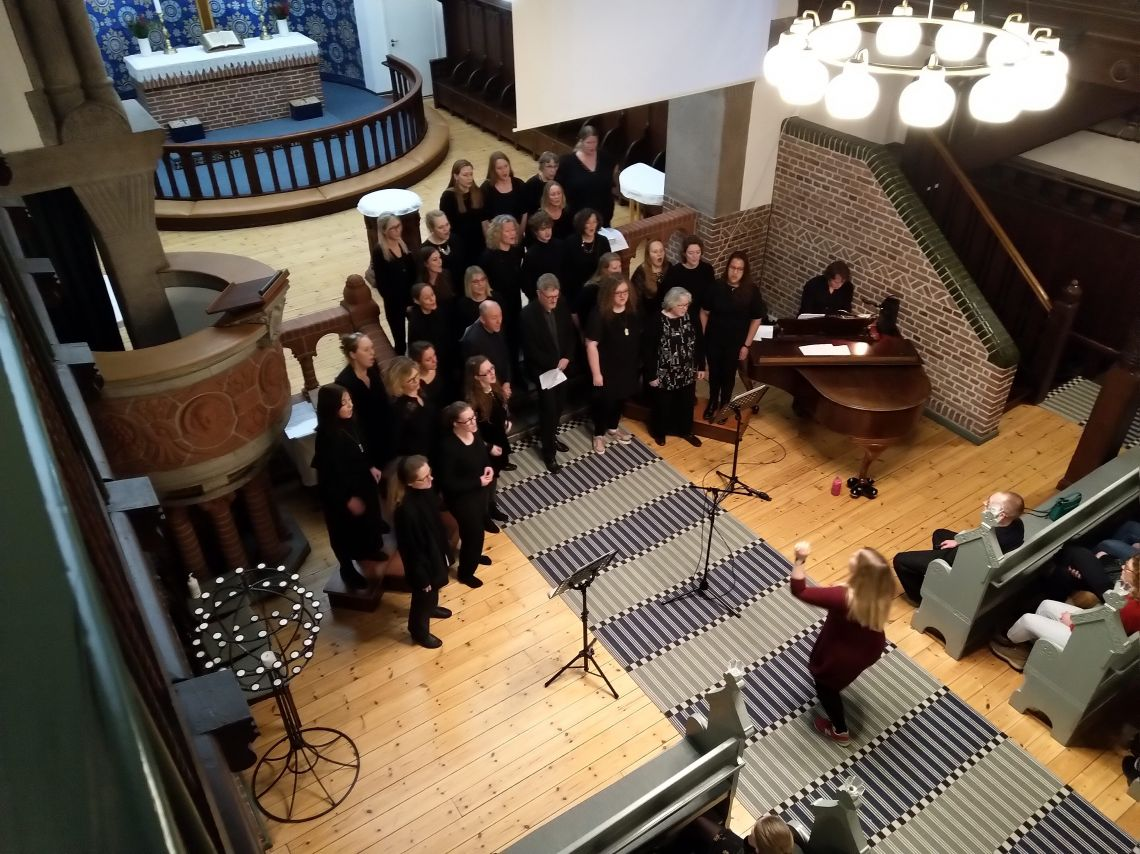 Julekor i Nazaret kirke v/ Louise Kofoed